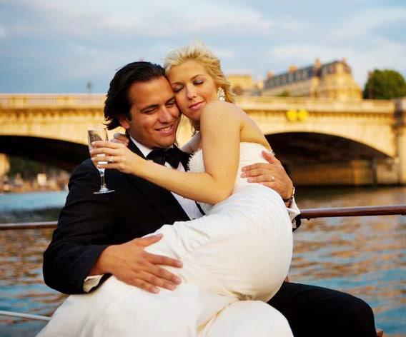 intimate-wedding-in-paris