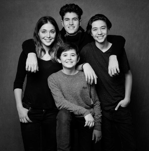 photo de famille freres et soeurs@studiocabrelli 0002